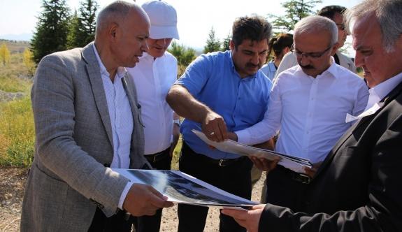 Kalkınma Bakanı Lütfi Elvan Karaman'da Devam Eden Yatırımları İnceledi