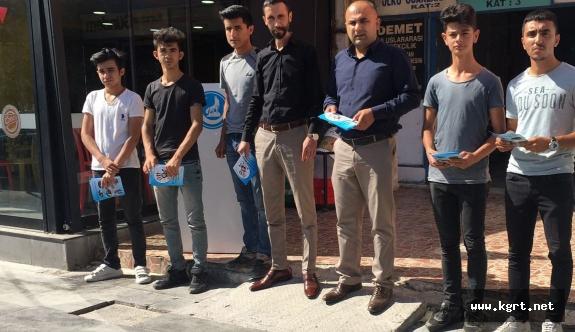 Karaman'da, Ülkü Ocakları Uyuşturucu İle Mücadele Broşürleri Dağıttı