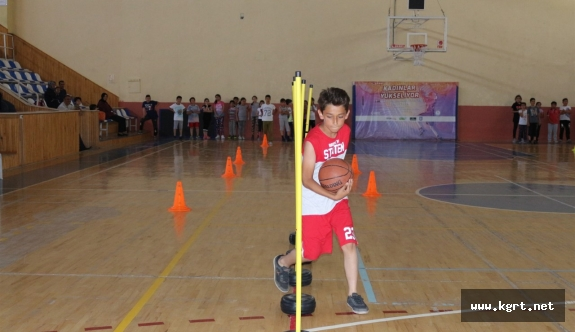 Karaman'da Yaz Spor Okulları Antrenmanları Keyifli Geçiyor