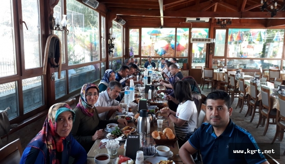 Karaman Toplum Ruh Sağlığı Merkezi DanışanlarıKahvaltıda Buluştu