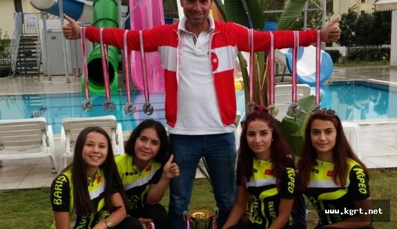 Karaman Bisiklet Takımı Madalya Ağacı Misali