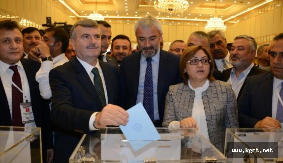 Türkiye Belediyeler Birliği yeni Başkanı Tahir Akyürek oldu
