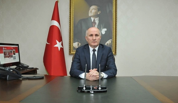 """Vali Meral """"Türk Milletinin Sarsılmaz İradesi ve Cumhuriyeti Sonsuza Kadar Yaşatma Azmi, Tüm Güçlükleri Aşmamızda En Büyük Güvencemizdir"""""""