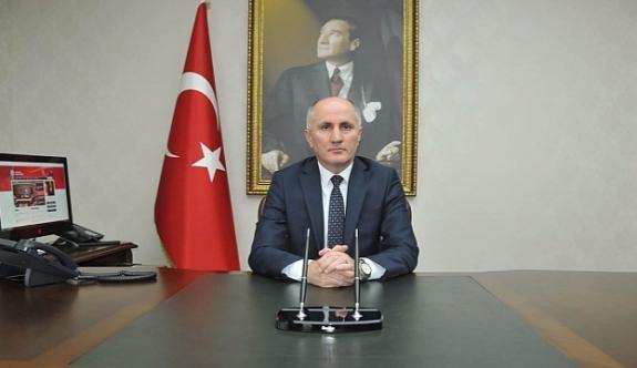 Vali Meral: Büyük Önderimiz Atatürk'ü Saygıyla Anıyoruz