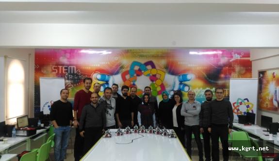 Karaman'da İlk Defa Lego Mındstorms Educatıon Ev3 Öğretmen Eğitimi Gerçekleşti