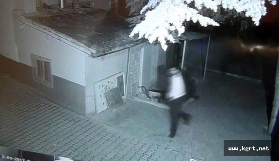 Polisle Çatışan Yağma Şüphelileri Güvenlik Kamerasında