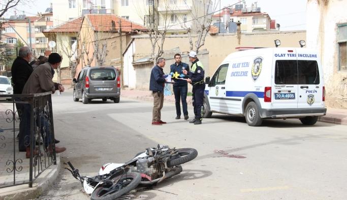 Hafif Ticari Araçla Çarpışan Motosiklet Sürücüsü Ağır Yaralandı