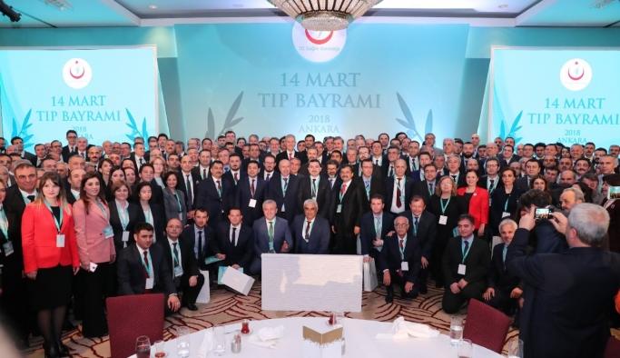 Hekimler Cumhurbaşkanı Erdoğan Ve Sağlık Bakanı Demircan İle Biraraya Geldi
