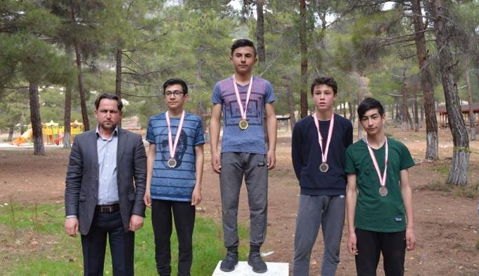 Karaman'da Atletizm Geliştirme Projesi İlçe Seçmeleri Yapıldı