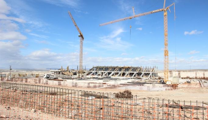 Karaman'ın UEFA Standartlarındaki Yeni Stadyumunda Tribünler Ortaya Çıktı