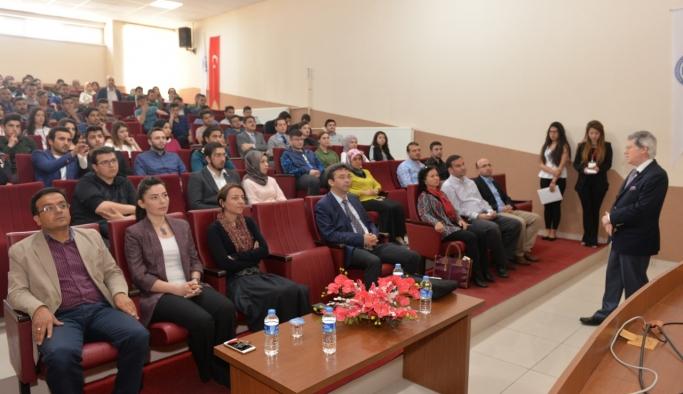 Mühendislik Fakültesi Öğrencilerine Yönelik Kariyer Günü