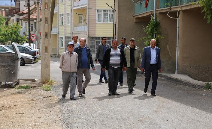 Başkan Çalışkan Abbas Mahallesi'nde İncelemelerde Bulundu
