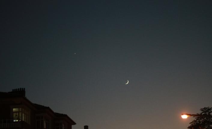 Ay Ve Yıldız'ın Muhteşem Buluşması