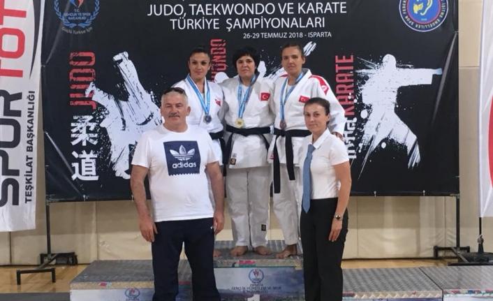 Karaman İşitme Engelli Judo Takımı Isparta'da Karaman'ın Sesi Oldu