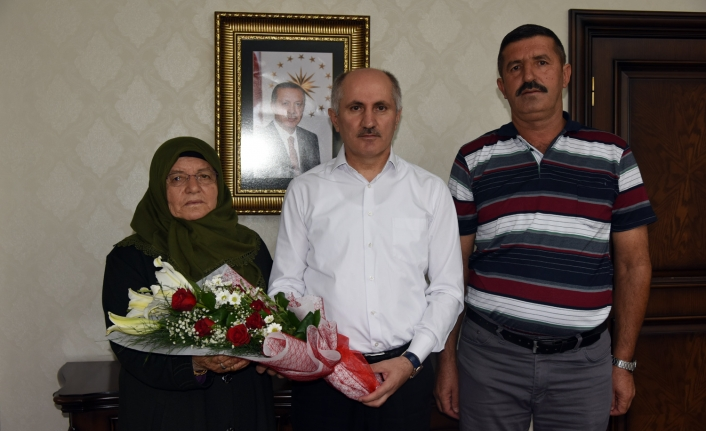 Şehit Sağlamoğlu'nun Ailesinden Vali Meral'e Ziyaret