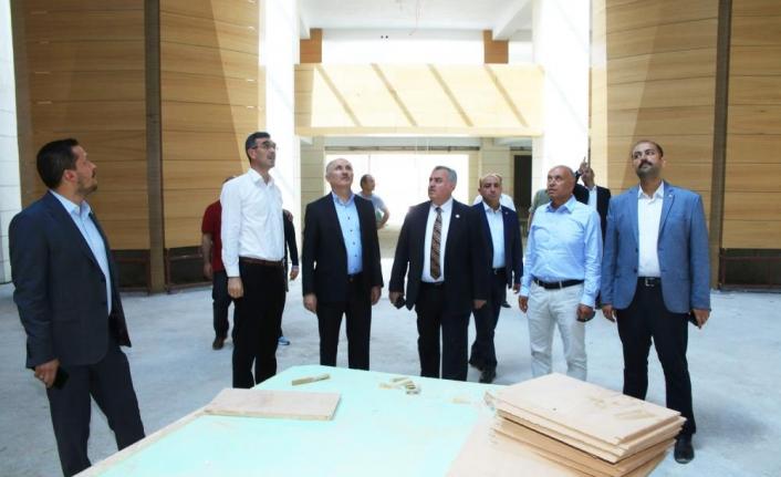 Ahmet Yesevi Camii Yıl Sonuna Kadar İbadete Açılacak