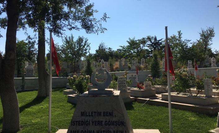 Köy Mezarlıklarındaki Şehitlerimizin Mezarlarının Bakım Ve Onarımı Yapıldı