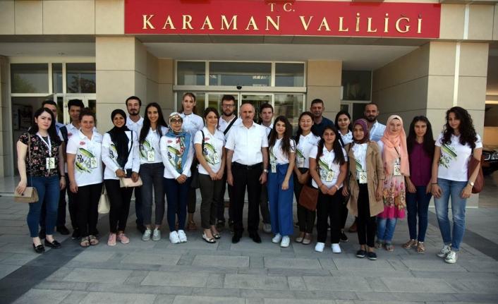 Vali Meral Türkçe Yaz Okuluna Katılan Yabancı Uyruklu Öğrencileri Kabul Etti