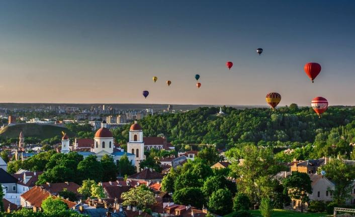 4 Şanslı Genç Ücretsiz Litvanya'ya Gönderilecek