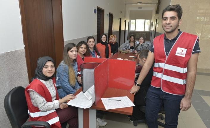 KMÜ Öğrencilerinden 76 Ünite Kan Bağışı