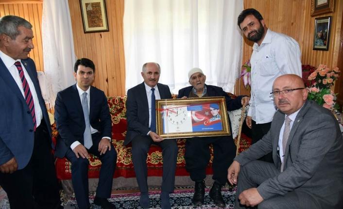 Şehit Ailesi Ve Kıbrıs Gazisine Ziyaret