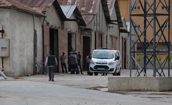 Üzerine Duvar Yıkılan İki İşçi Yaralandı