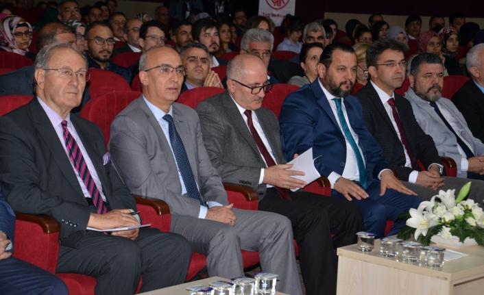 1. Uluslararası Dil ve Edebiyat Kongresi Başladı