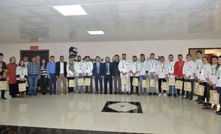KMÜ Aşçılık Programı Öğrencilerinden Birincilik Ödülü