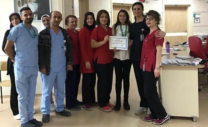 Başarılı Servis, Sağlık Personeli ve Hastane Korosuna Teşekkür Belgesi