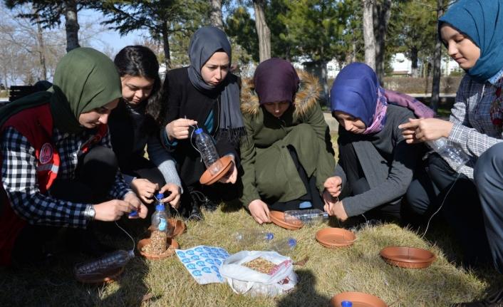 Damla Öğrenci Topluluğu'ndan Sosyal Sorumluluk Projesi