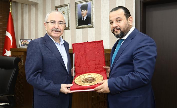 Rektör Akgül Mardin'de