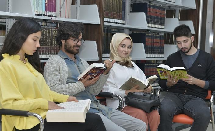 Üniversite Kütüphanesinden 2018 Yılında 21 bin 200 Kitap Ödünç Alındı