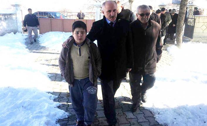 Atatürk Mahallesi Sakinlerinden Vali Meral'e Doğalgaz İsteği