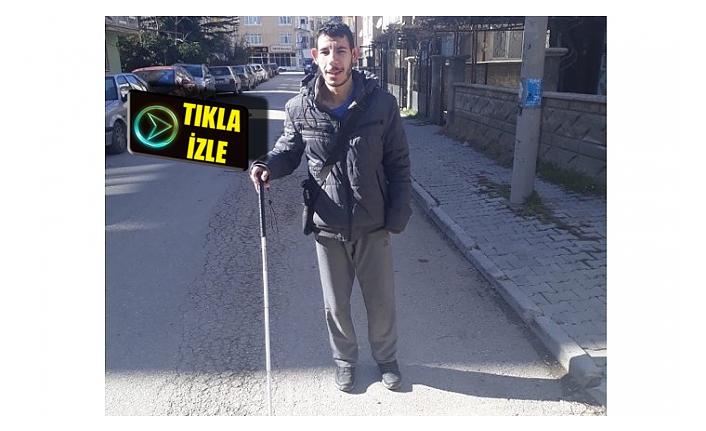 Görme Engelli Ahmet'in Kaldırım İsyanı