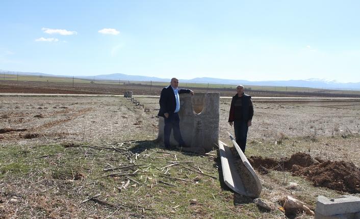 """""""Çiftçilerimizin Kurtuluşu Kapalı Sulama Sistemine Geçilmesiyle Çözülecektir"""""""