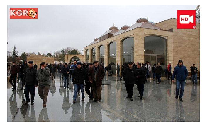 Ahmet Yesevi Cami Mimari Dokusuyla Büyülüyor
