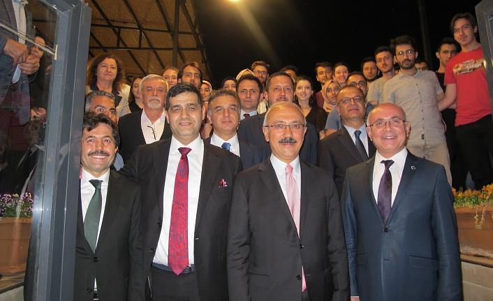 Ankara'da Büyük Buluşma