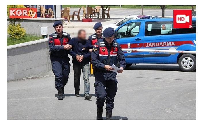 Jandarma Cezaevi Firarisini Saklandığı Evde Yakaladı