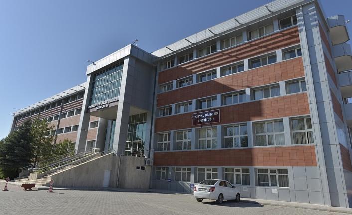 KMÜ'DE Yüksek Lisans Programlarının Sayısı Artıyor