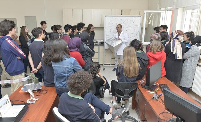 Özel Karaman Başarı Fen ve Anadolu Lisesi Öğencileri KMÜ'de