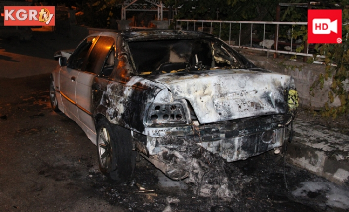 Kundaklanan Otomobil Alev Topuna Döndü
