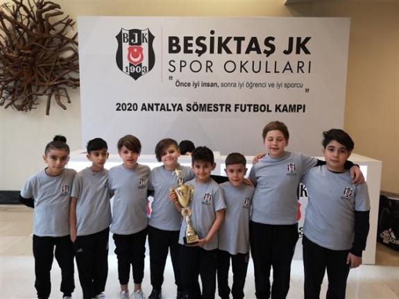 Karaman Beşiktaş Futbol Okulu Şampiyon