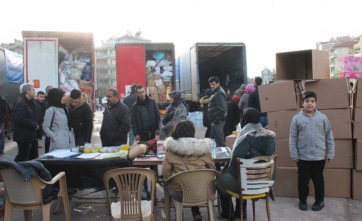 Karaman'dan Deprem Bölgesine 4 Tırlık Yardım Konvoyu