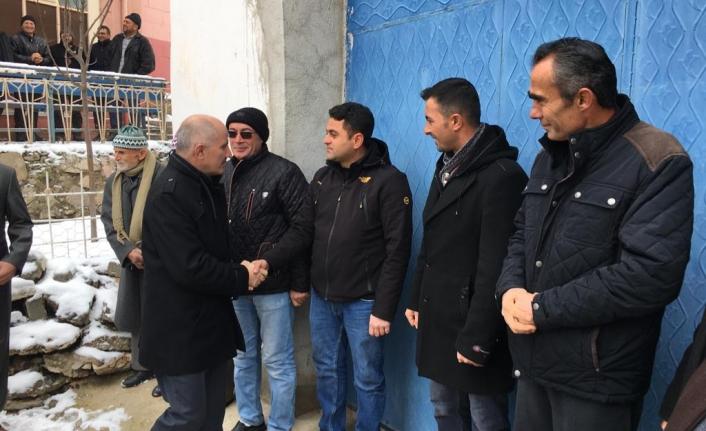 Vali Meral'den Pınarbaşı Köy Ziyareti