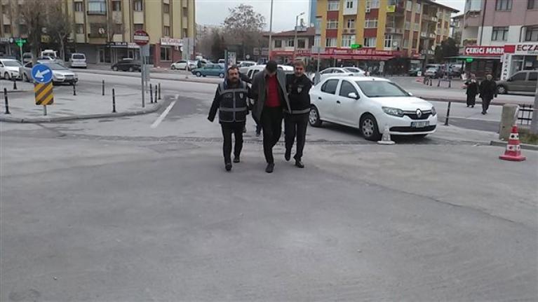 Konya'da 200 Bilezik 40 Bin TL Çalan Şüpheliler Yakalandı