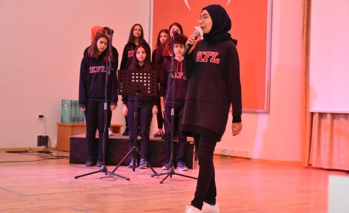 İstiklal Marşı`nın Kabulü ve Mehmet Akif Ersoy`u Anma Programı Gerçekleştirildi