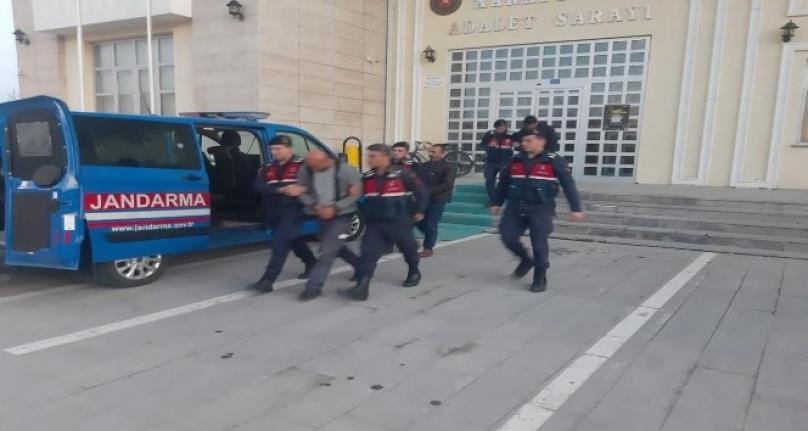 Karapınar'da Bakır Kablo Hırsızları Suçüstü Yakalandı
