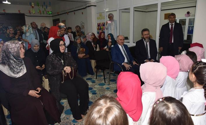 Küçük Öğrencilerin Kur'an-ı Kerim ile İlk Buluşma Sevinçlerine Ortak Oldular