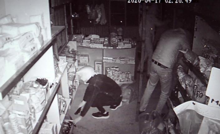 Karaman'da Hırsızlar İş Yeri Sahibinin Ayakkabılarını Bile Çaldı