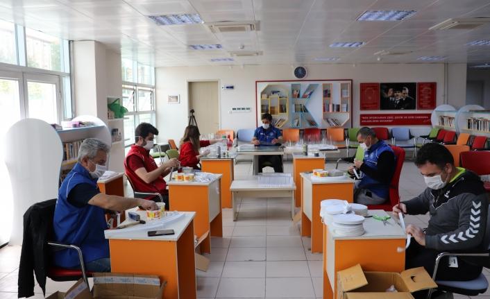 Karaman Gençlik Merkezi'nden Sağlık Çalışanlarına Destek